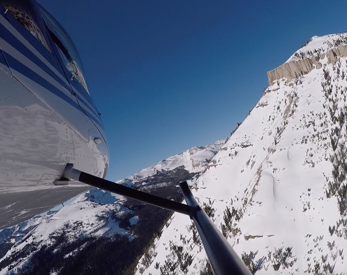 45 Minute Yellowstone Helicopter Tour