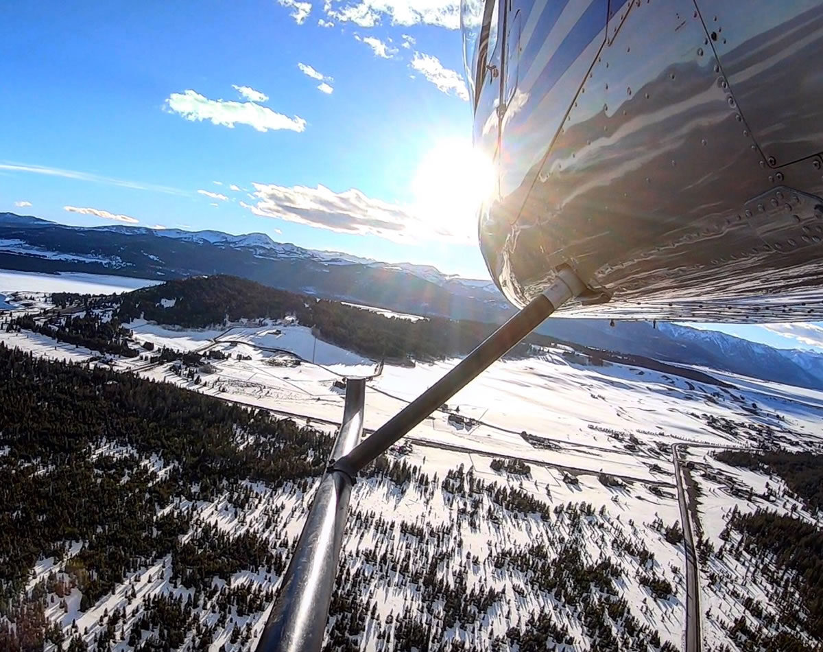 60 Minute Yellowstone Helicopter Tour