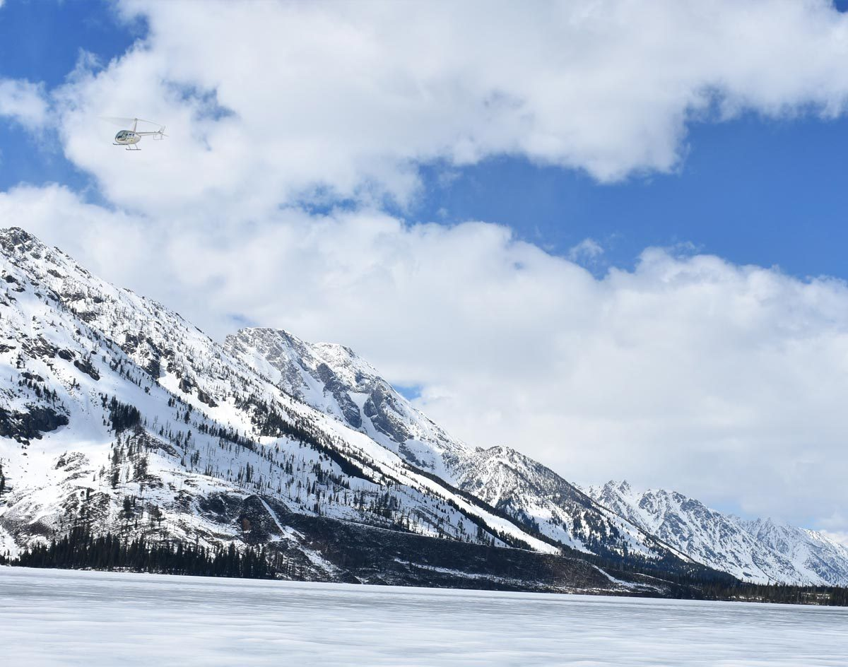30 Minute Yellowstone Helicopter Tour