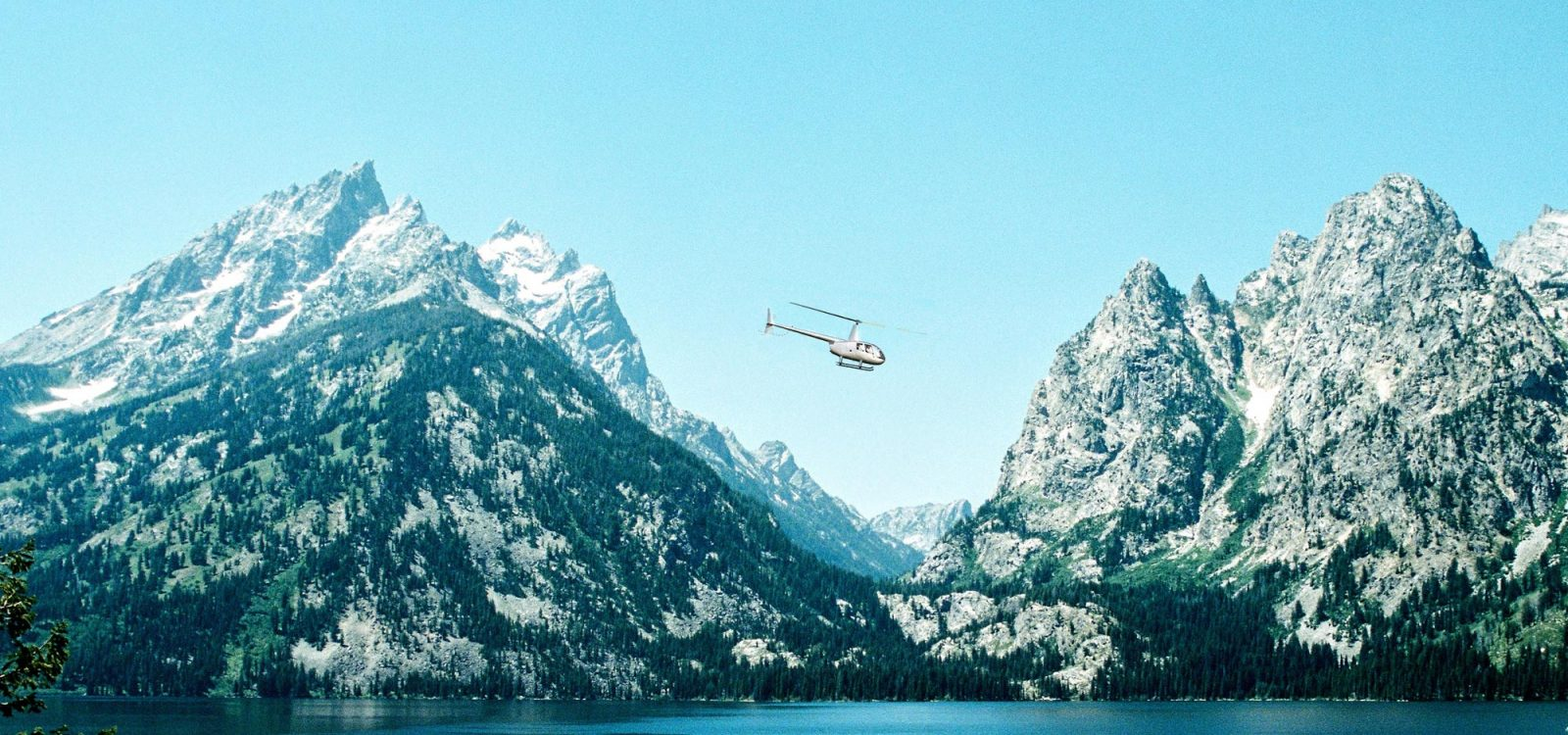 yellowstone national park helicopter tours and charters